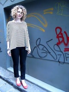 Rad and easy top. Looks good for pregnancy too... only two pieces!!!