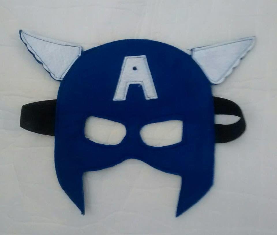 Mascara super herói em feltro forrada, com elástico, medida 50cm de circunferência.  Aceito sugestão de super herói.  Você deverá escolher o super herói.  Trabalhamos com outros personagens