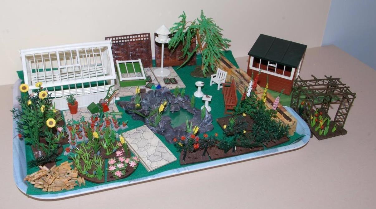 Vintage 1960 S Britains Floral Miniature Garden Collection Miniature Garden Nostalgic Toys Miniatures