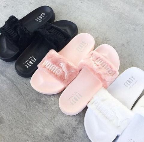 newest 8a219 a500d Rihanna Fenty Leadcat Fur Slippers | Fashion | Shoes, Puma ...