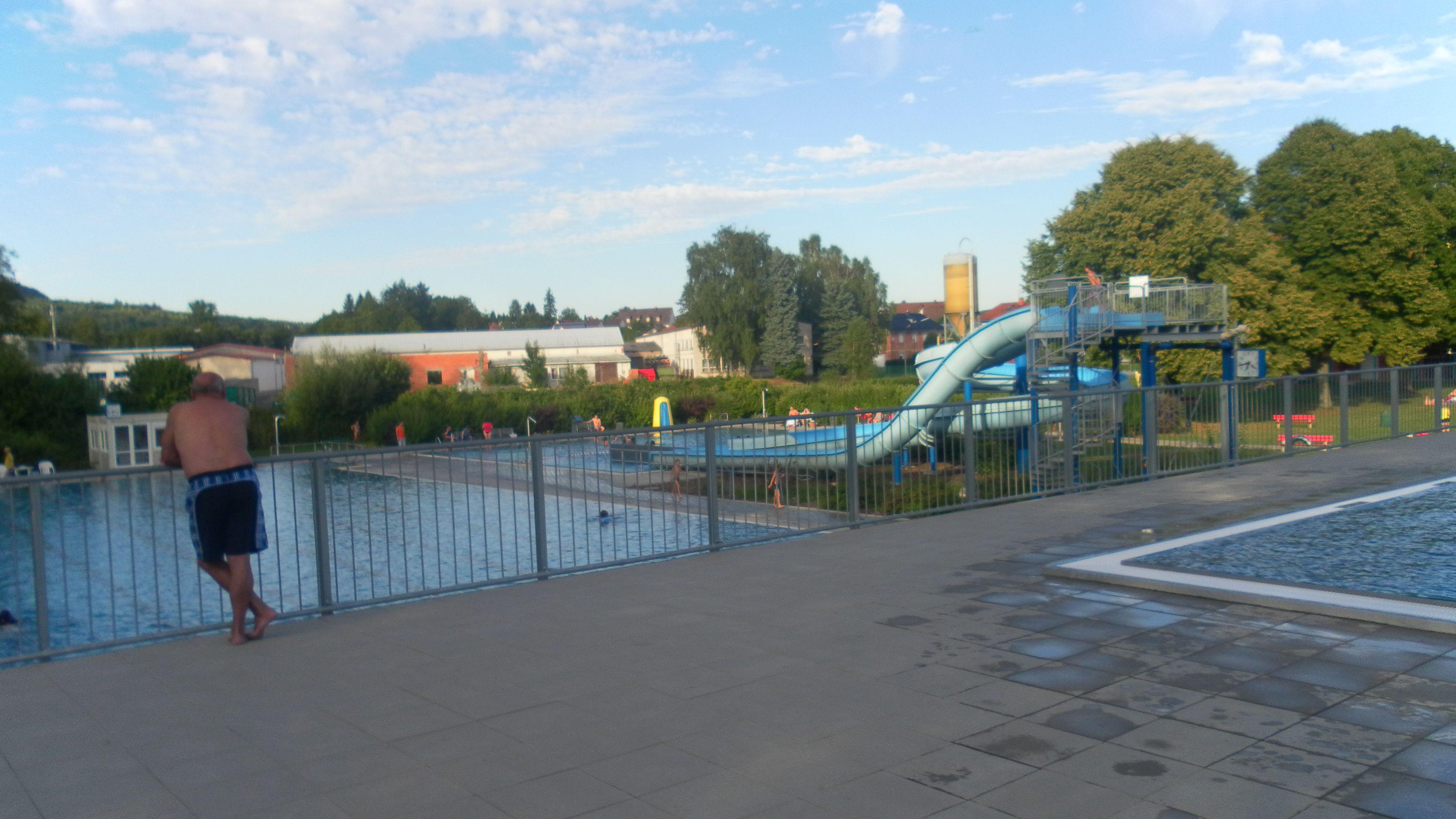 Das Schwimmbad In Steinau Vom Sprungbecken Aus Fotografiert Historische Fotos Steinau An Der Strasse Fotografie
