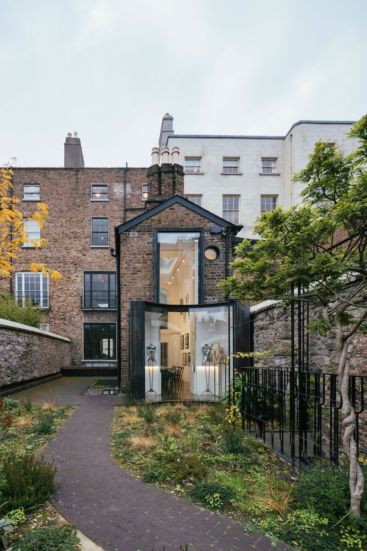 Brick House Addition In Dublin: D2 Townhouse In Dublin, Ireland By Jake Moulson Architects