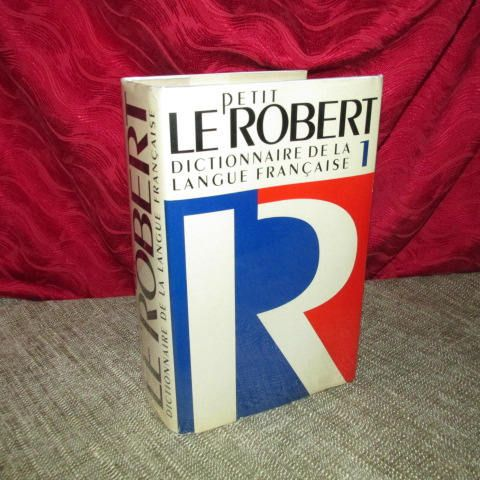 Petit Le Robert Dictionnaire De La Langue Franchaise I Etsy Robert French La Langue Francaise French Language