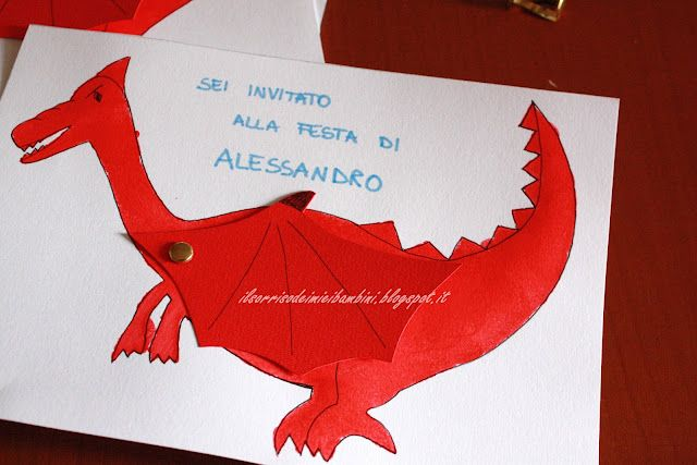 Inviti  dragon  http://ilsorrisodeimieibambini.blogspot.gr/2012/04/inviti-per-il-compleanno-il-drago.html