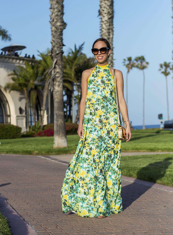 458db023a66d Sydne Style shows the best summer maxidreses for beach weddings  florals   dresses  prints  maxidress  santabarbara