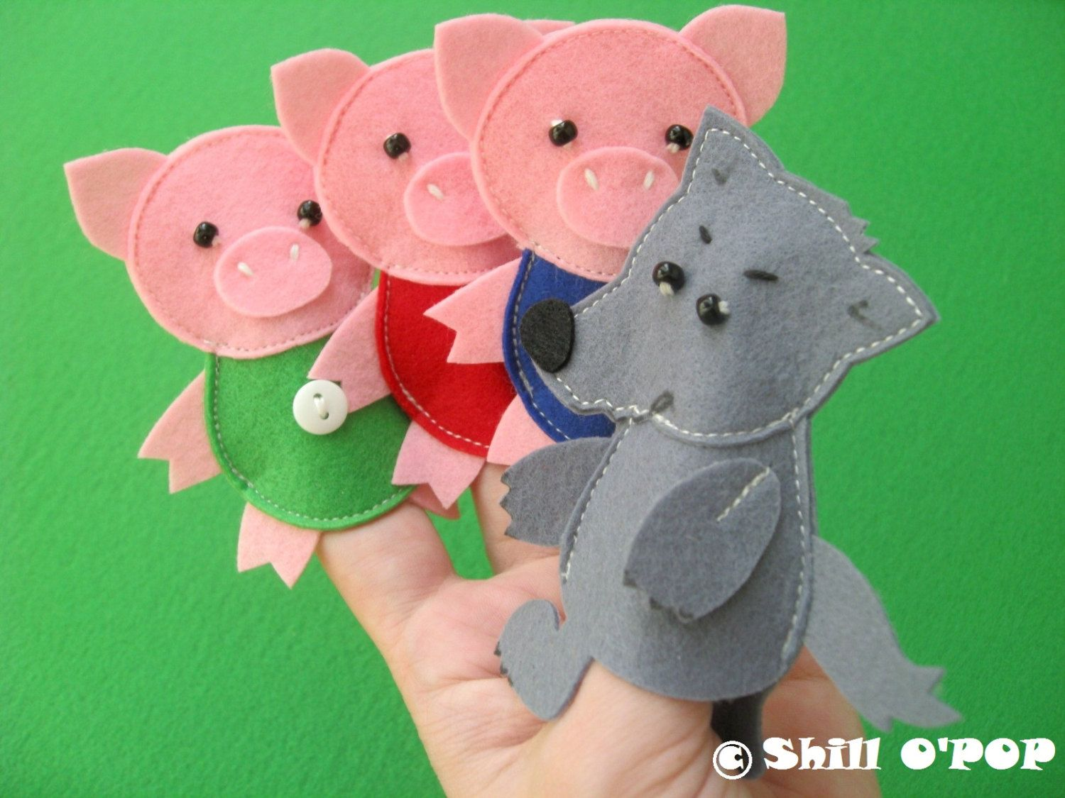 The three little pigs felt finger puppet toys pdf pattern for The three little pigs puppet templates