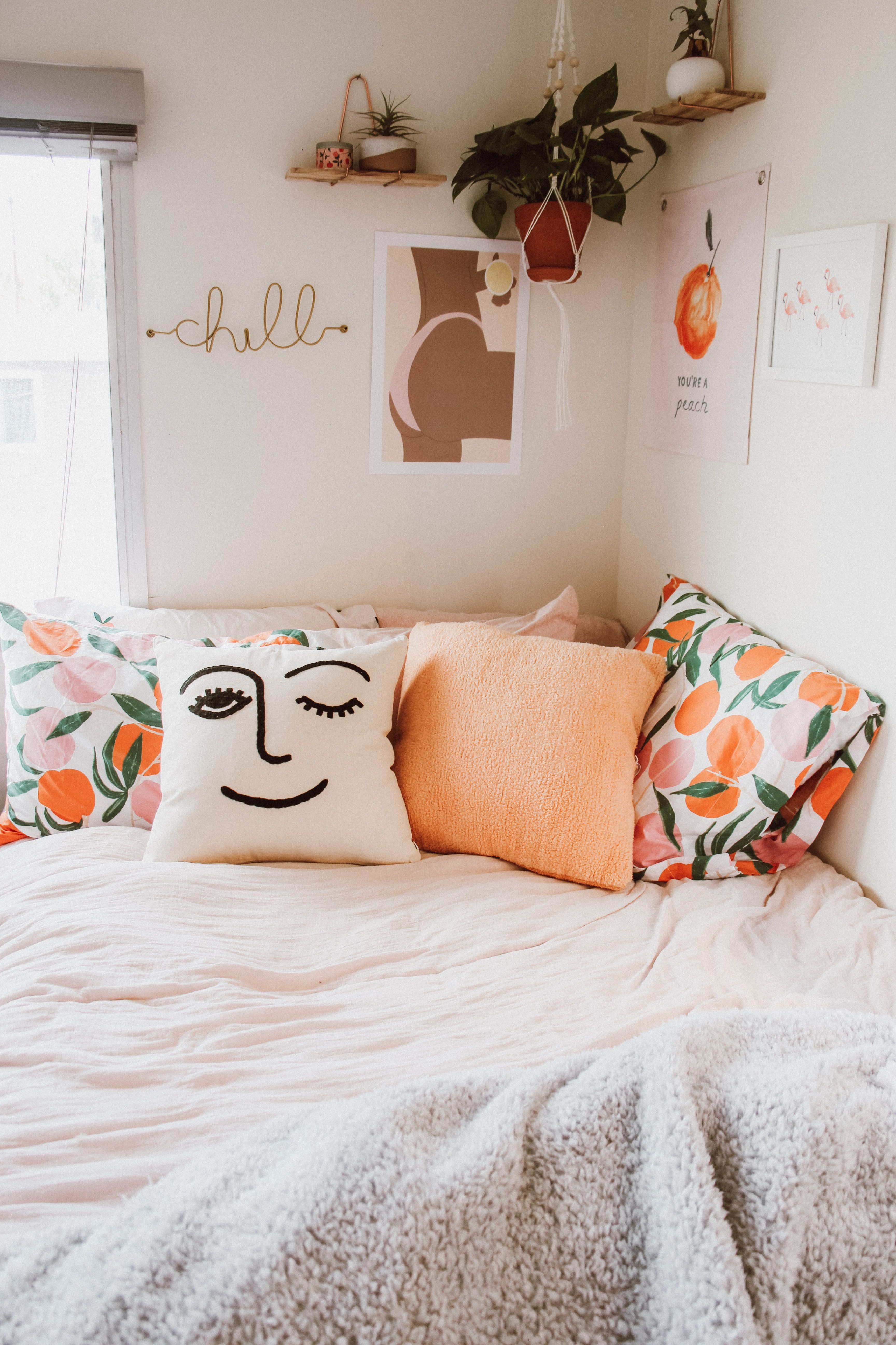 Urbanoutfittershome Peach Bedroom Urban Outfitters Bedroom