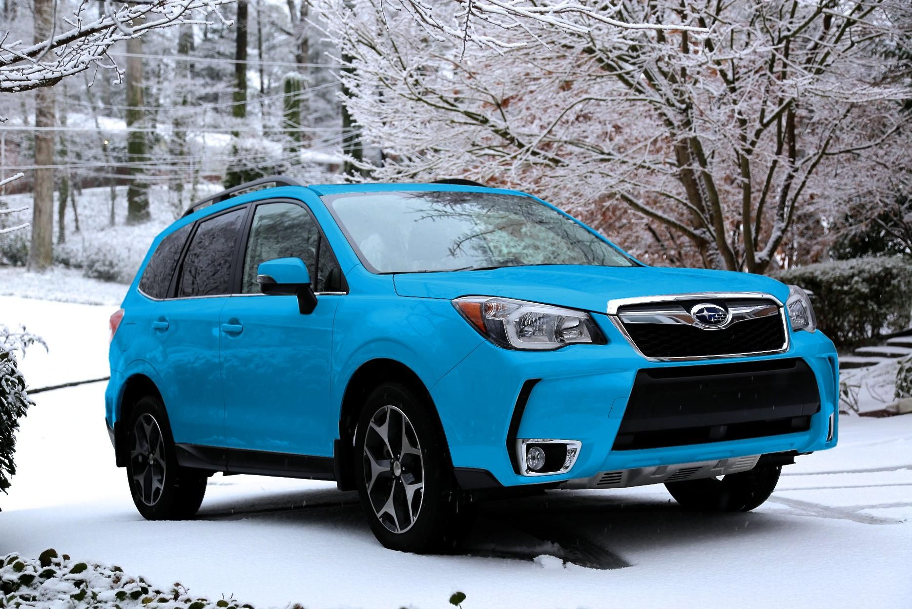 subaru forester in hypeblue i would black out the chrome. Black Bedroom Furniture Sets. Home Design Ideas