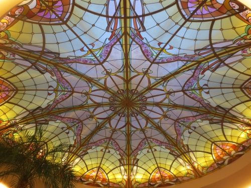 stained glass dome by france vitrail international skylight installation in brasserie flo. Black Bedroom Furniture Sets. Home Design Ideas