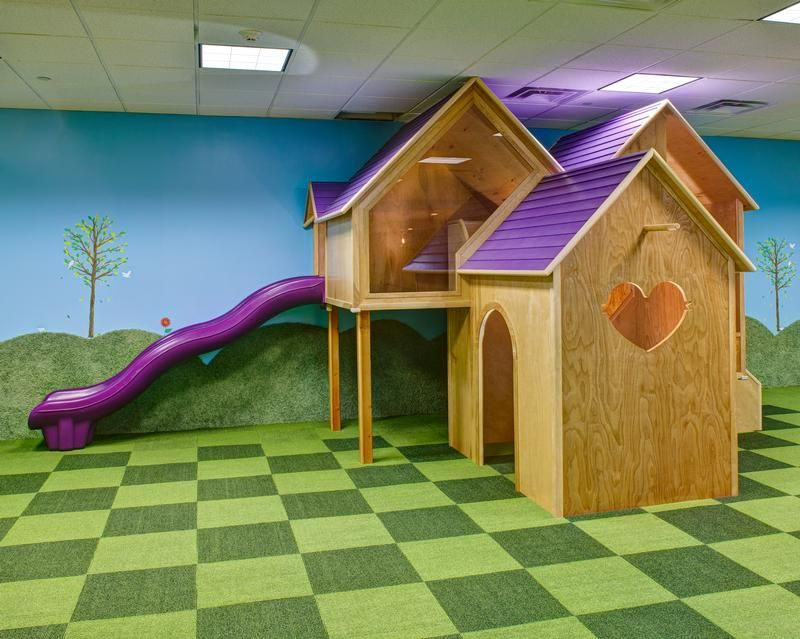 Carpet Tiles And Play Structure Love The Plexiglass Wall Kids Indoor Play Childrens Ministry Decor Kids Area