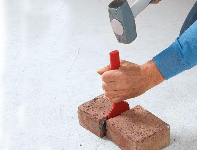 Comment couper des briques de maçonnerie selon leur densité