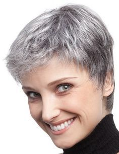 Photo coupe courte cheveux gris