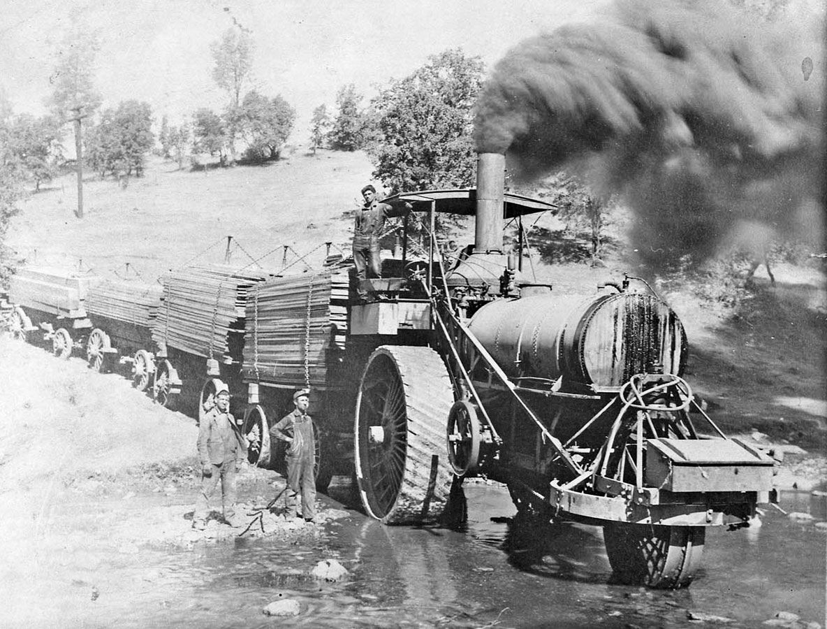 Steam tractor to pulling lumber