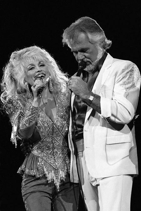 Dolly Parton and Kenny Rogers   country music royalty in ...