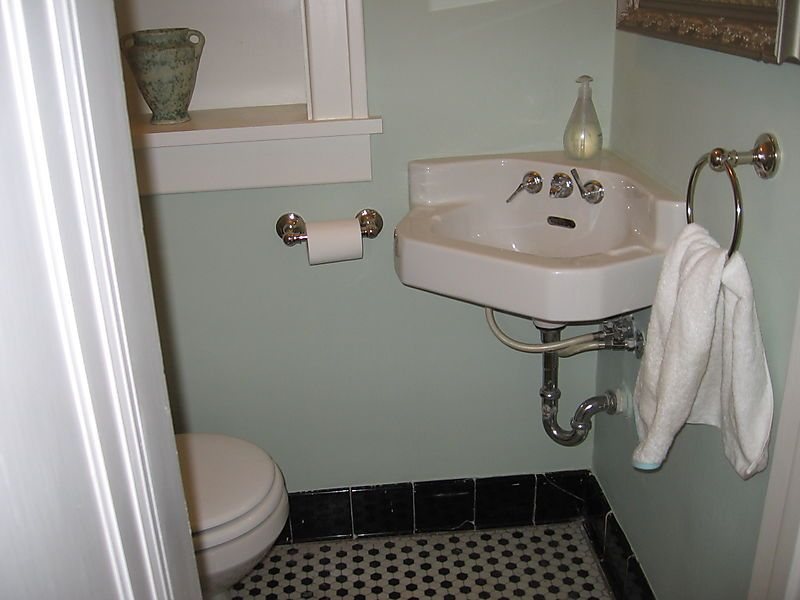Finish Powder Room Close Sink 3 X 5 Half Bath