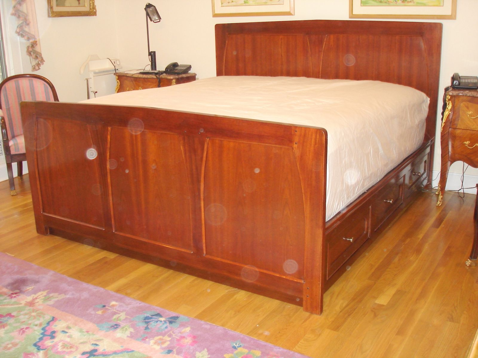 Art Nouveau bed in mahogany Bed frame and headboard, Bed