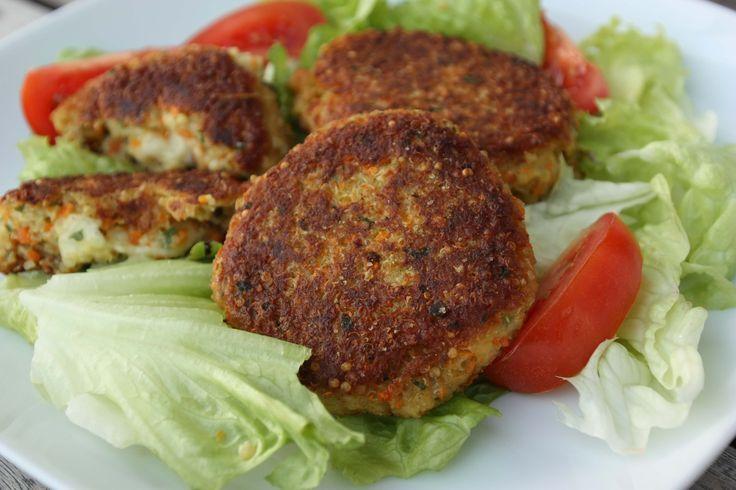 Quinoa burger recipe with mozzarella filling Quinoa burger recipe with mozzarella filling