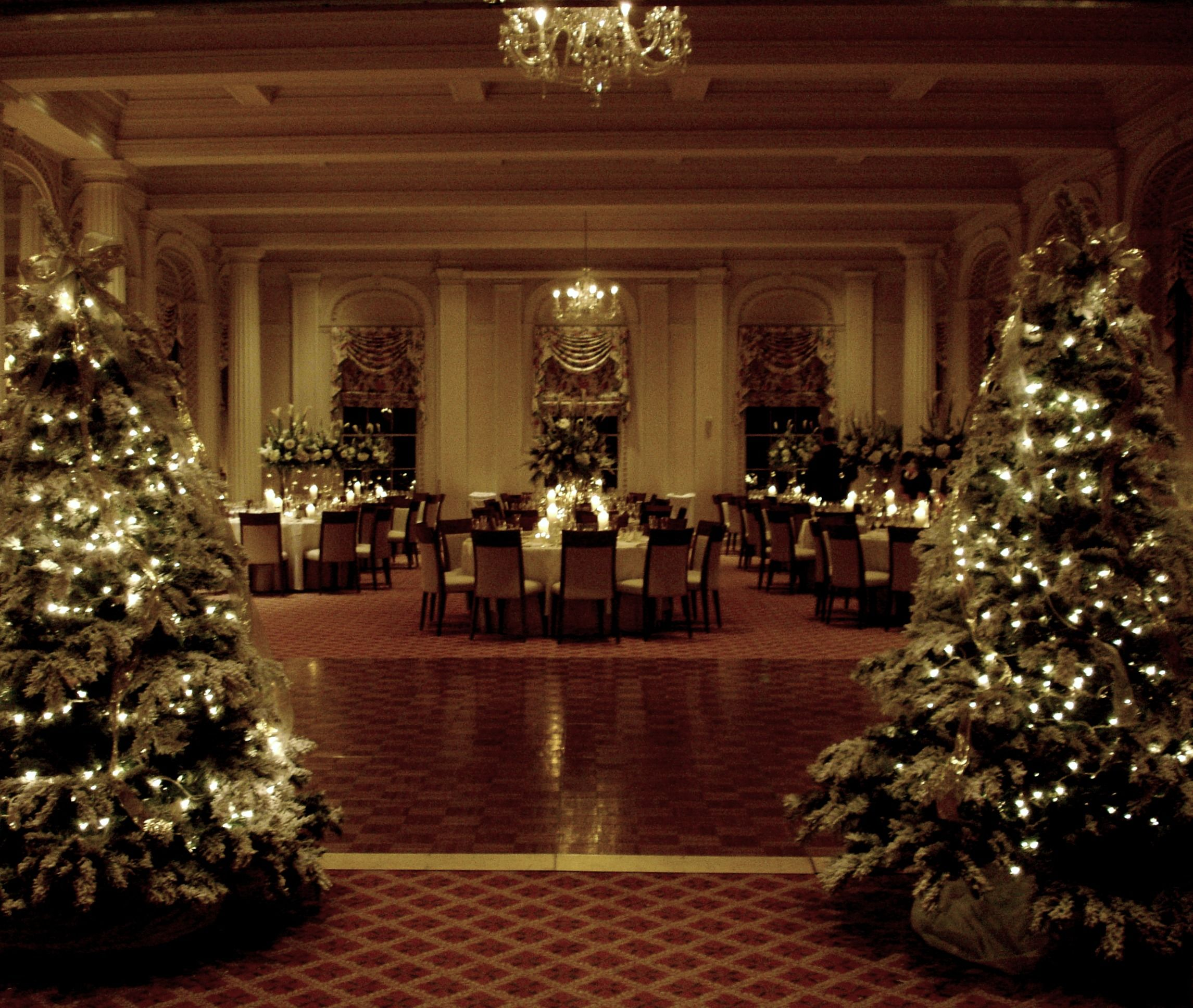 Winter is a wonderful time for a wedding ballroom for Hotel wedding decor