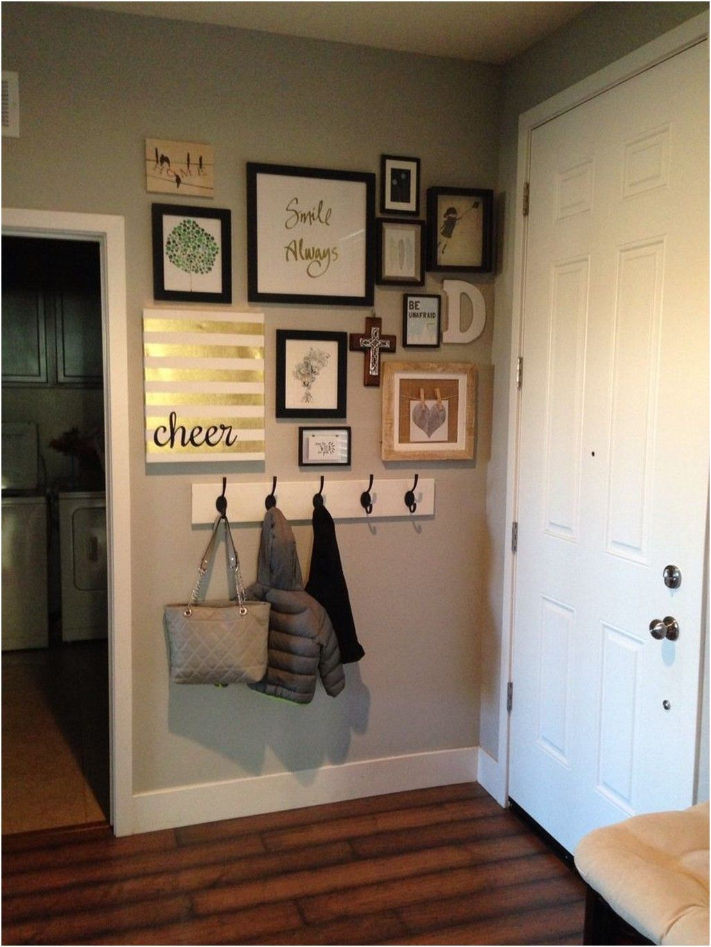 Beautiful Entryway Ideas on a budget! Whether it's a grand house or a tiny nook by the door, your home's entry is the first thing visitors see when they step inside your house and the sight that welcomes you home every day. So make it a good one! Here are some affordable contemporary entryway ideas.  #entrywaydecor #entrywayideas #smallentryway #designerentryway #modernentryway #contemporaryentryway #entryway
