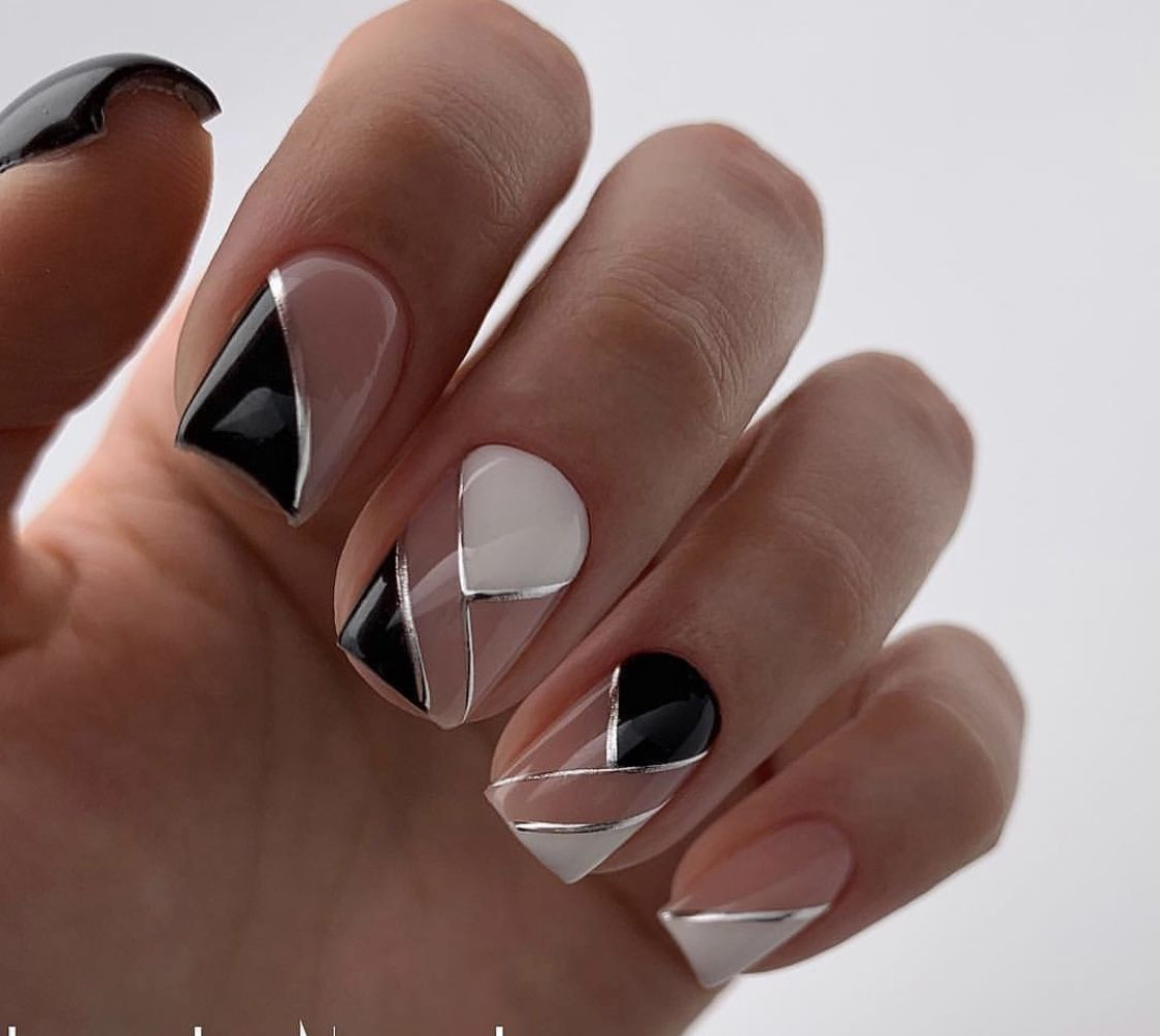 Pin By Svetlana On Black Nails Square Acrylic Nails Acrylic Nail Designs White Acrylic Nails