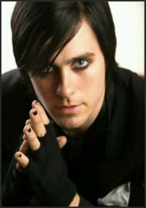 Oh Jared Leto. I loved you when you were Jordan Catalano and I love you now that you wear eyeliner.