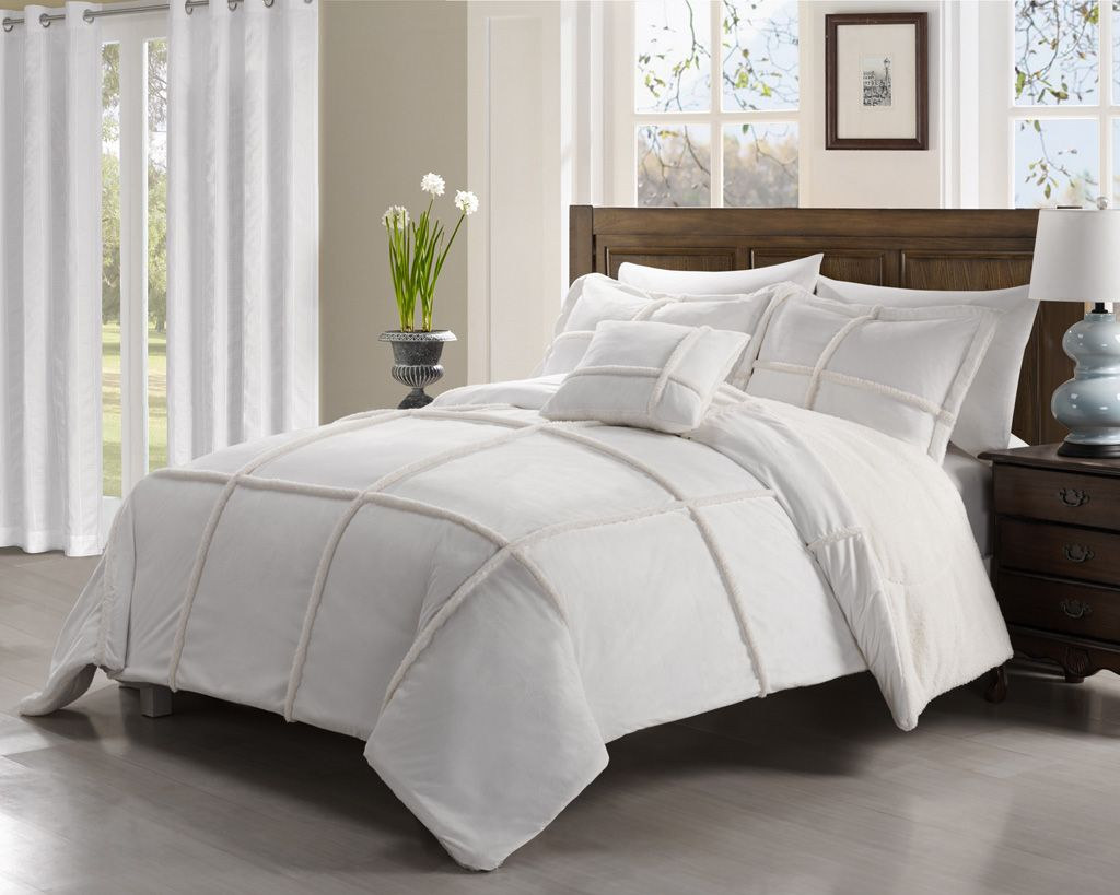 4 Piece Queen Microsuede Sherpa Comforter Set White 4999