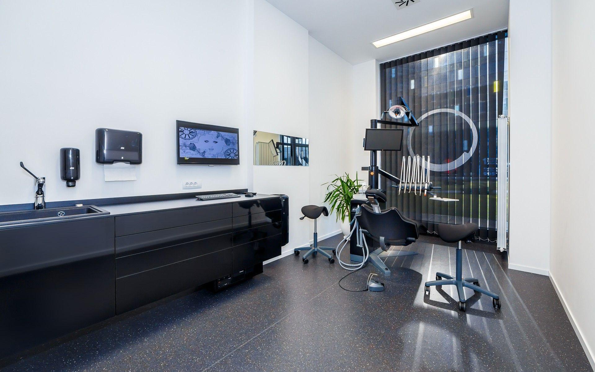 Dental Office Interior Design Black White Minimalistic Xo Care Dental Unit Black Interior Design Office Interior Design Healthcare Design