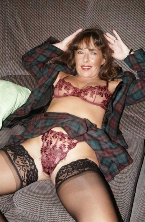 Mature With Legs Open Wide For You   Things To Wear -7174
