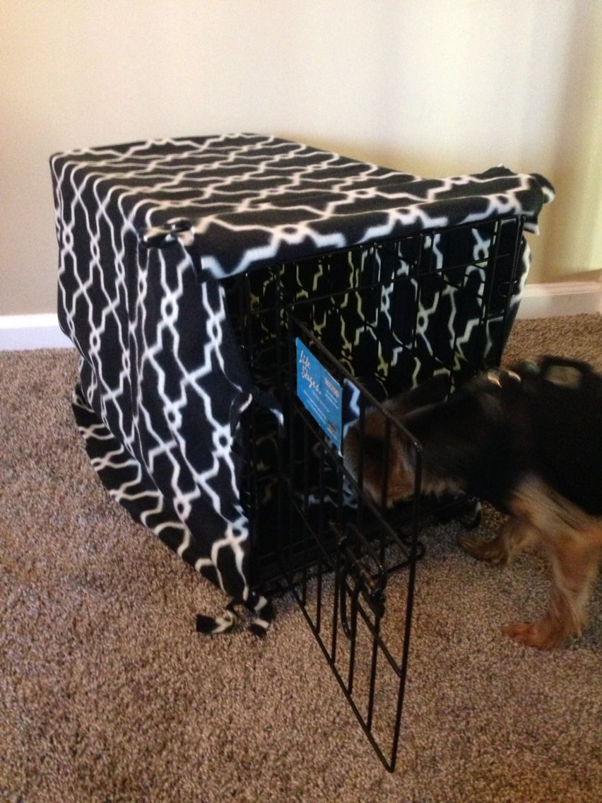 No Sew Dog Crate Cover Purchased 2 Yards Of Fabric For An Xsmall Crate It Was Too Much Now He Has An Extra Blanket Too Dog Crate Cover Dog Spaces Dog Crate