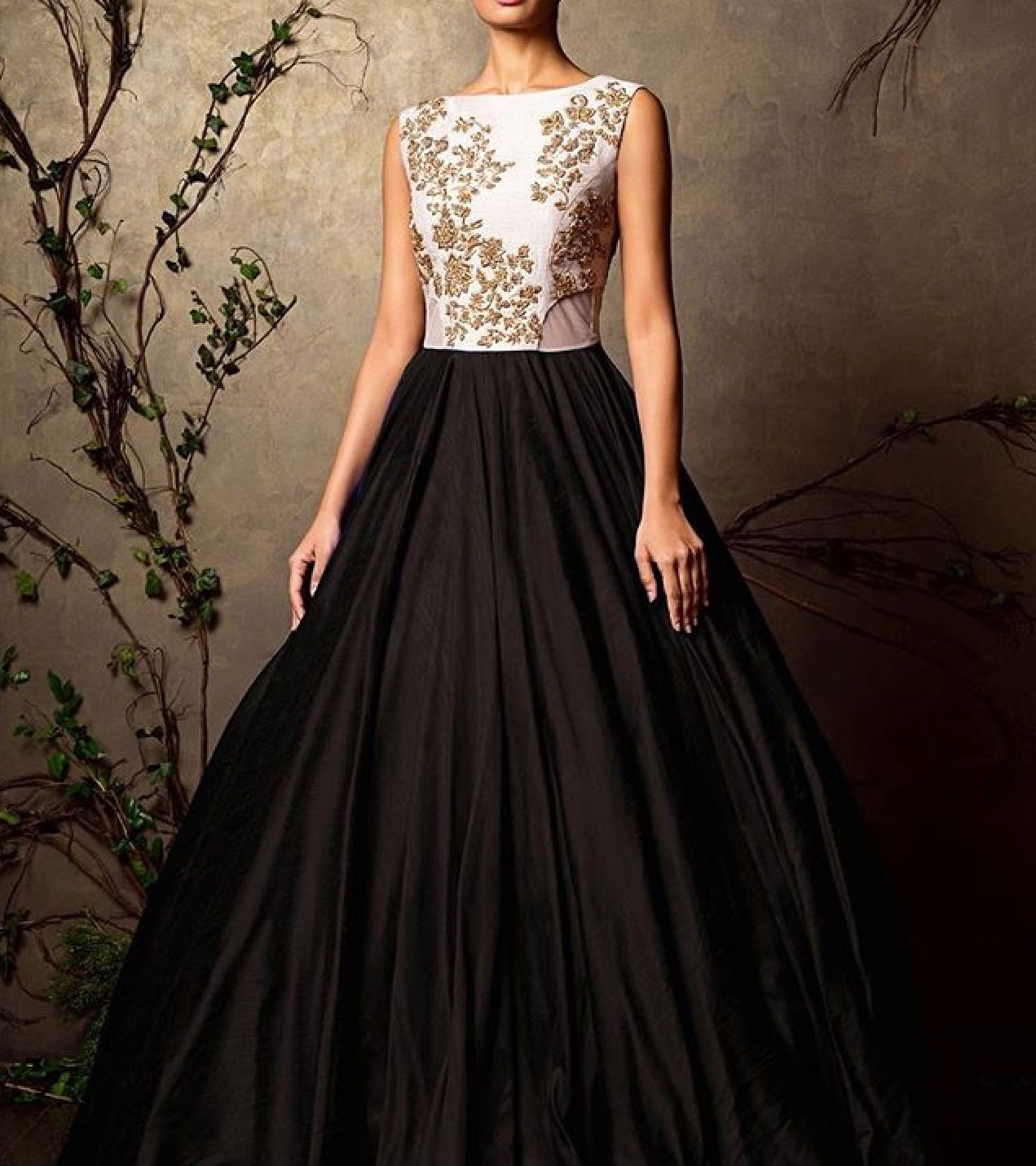 Reception dresses for royal wedding  Pin by benita on Gowns  Pinterest  Indian couture Indian outfits