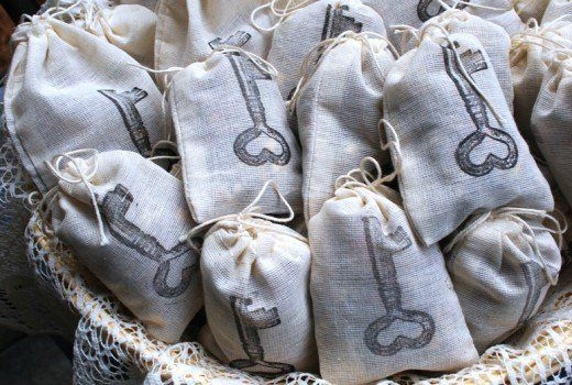 How to make scented sachets for closet, drawers, cars and shoes. Use essential oils with rice or Epsom salts, Downy beads, lavender or potpourri to fill ...