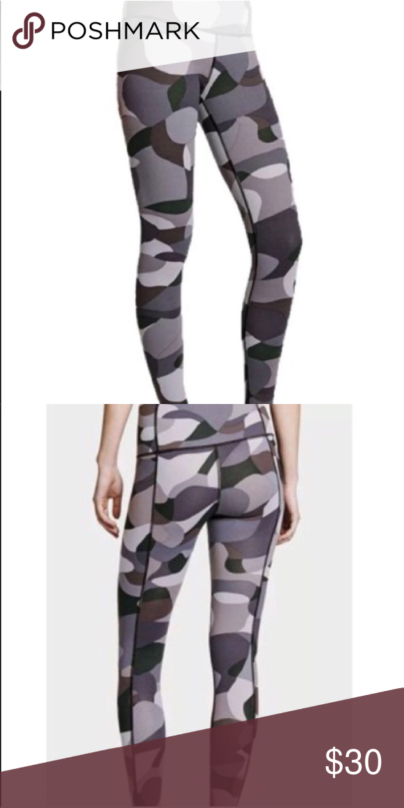 5de60176d4279 VICTORIAS SECRET SPORT GREY AND BLACK PRINT YOGA NEW VICTORIAS SECRET SPORT  YOGA PANTS SIZE XL KNOCKOUT WORKOUT TIGHT! best version of their workout  pants ...