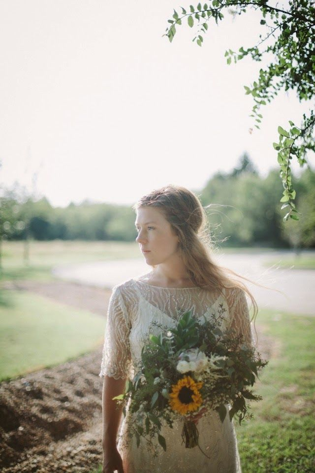 Real Dress Theory Bride Leah in Sarah Seven, photo by Mikaela Hamilton #Nashville