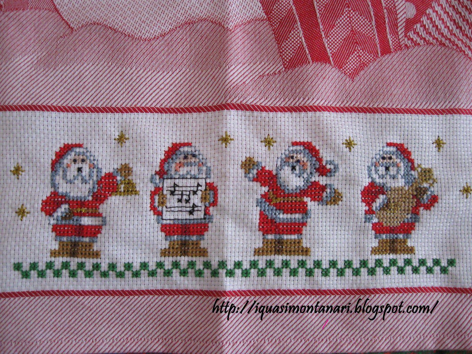 Babbo Natale Punto Croce Schemi Gratis.Tovaglie Punto Croce Schemi Gratis Piccoli Babbo Natale Su