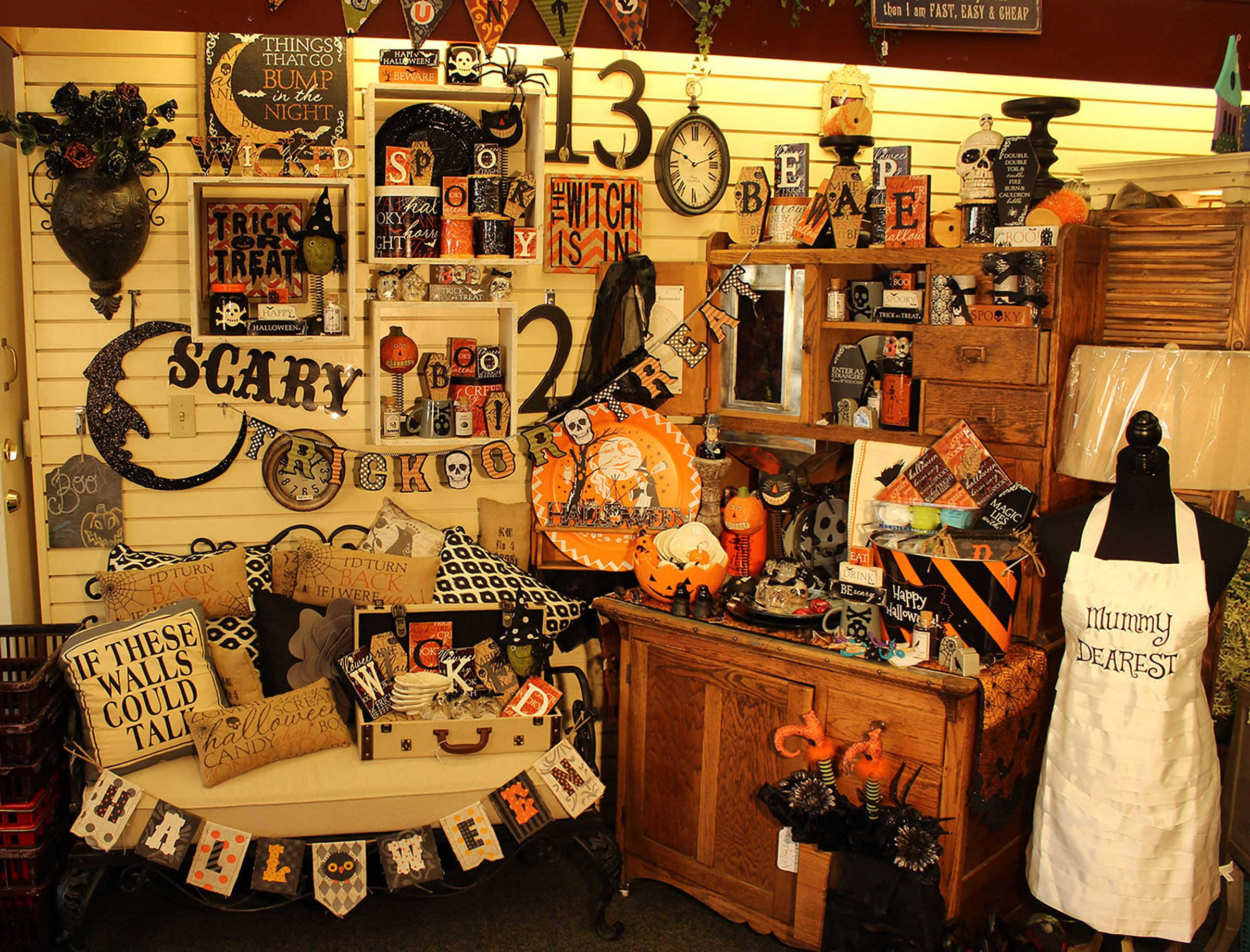 vintage halloween decor at bulloch drug in cedar city utah
