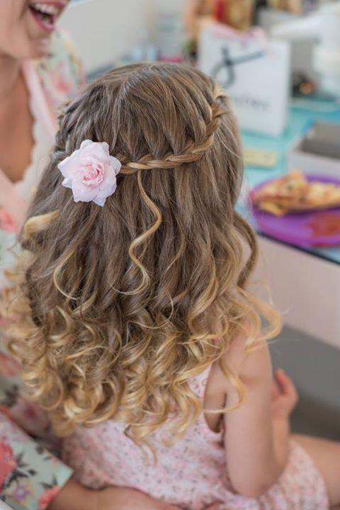 Flowergirl Haarschmuck X #girlhairstyles