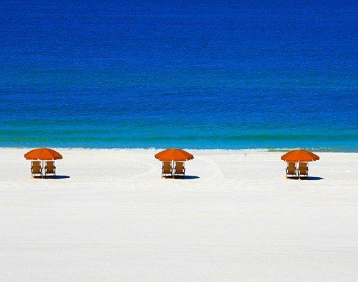 Sandpearl Resort, near Tampa. How often do you find a luxurious yet easygoing, tot-friendly, and (if you take advantage of special offers) reasonably priced resort that is set on such an appealing beach so close to home?