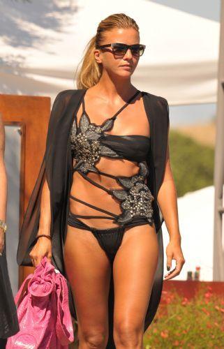 Ivana Sert Fashion Swimsuits Beachwear Mode Fashion