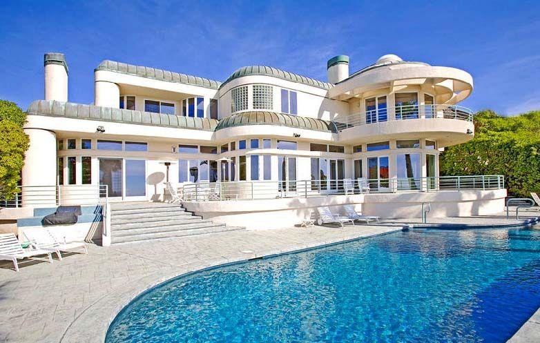 Malibu beach houses point dume malibu real estate for Malibu california beach houses