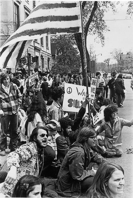 Cleveland The Vintage Photo Thread Note Lots Of Images Vietnam War Vietnam Protests Peace And Love