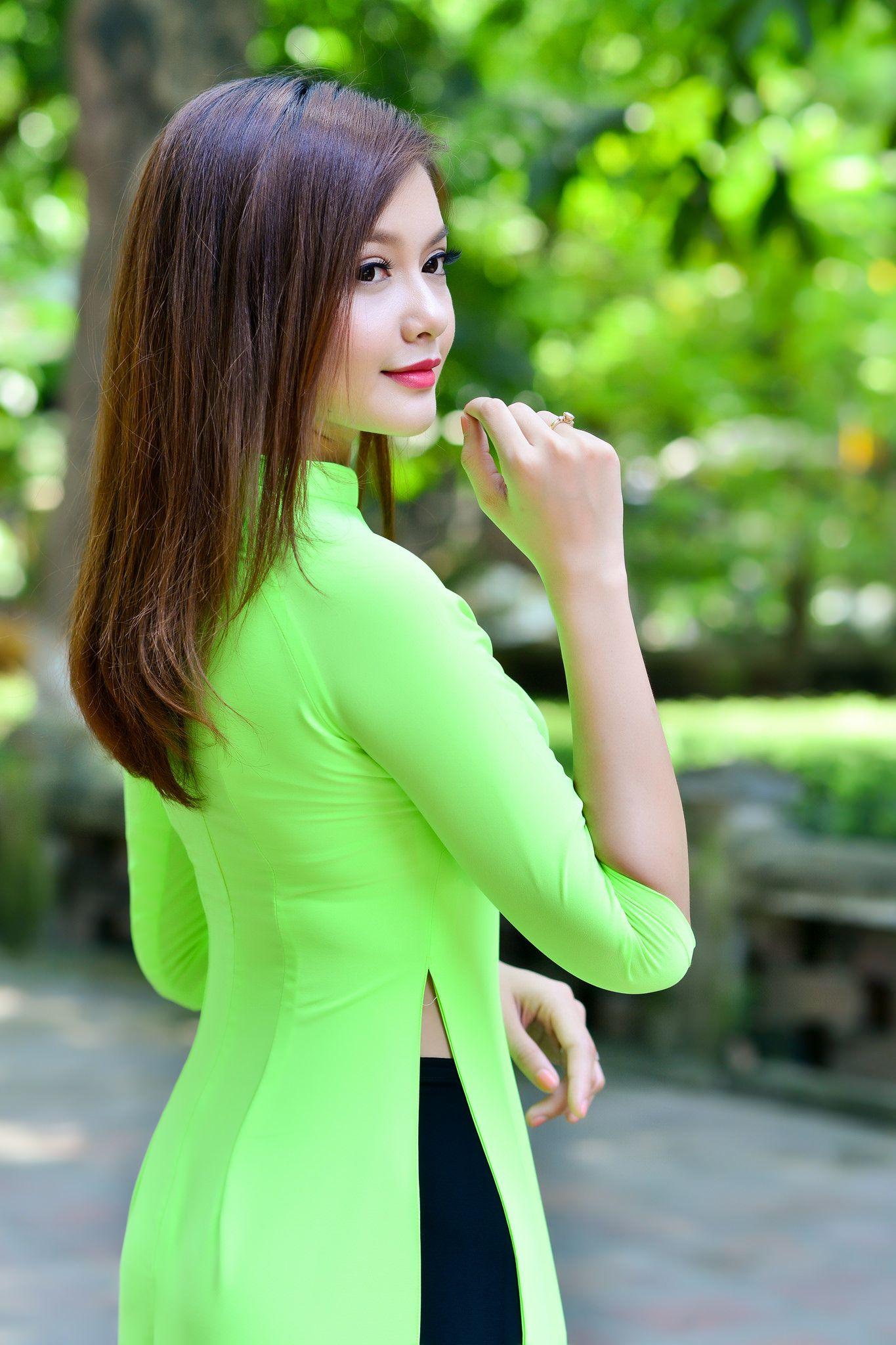 Asian massage whore