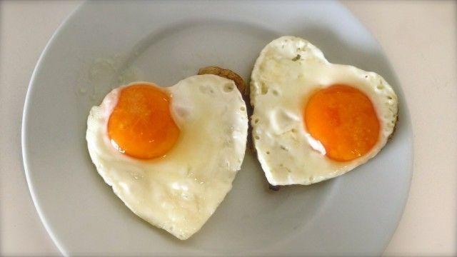 Huevos a la plancha para San Valentín