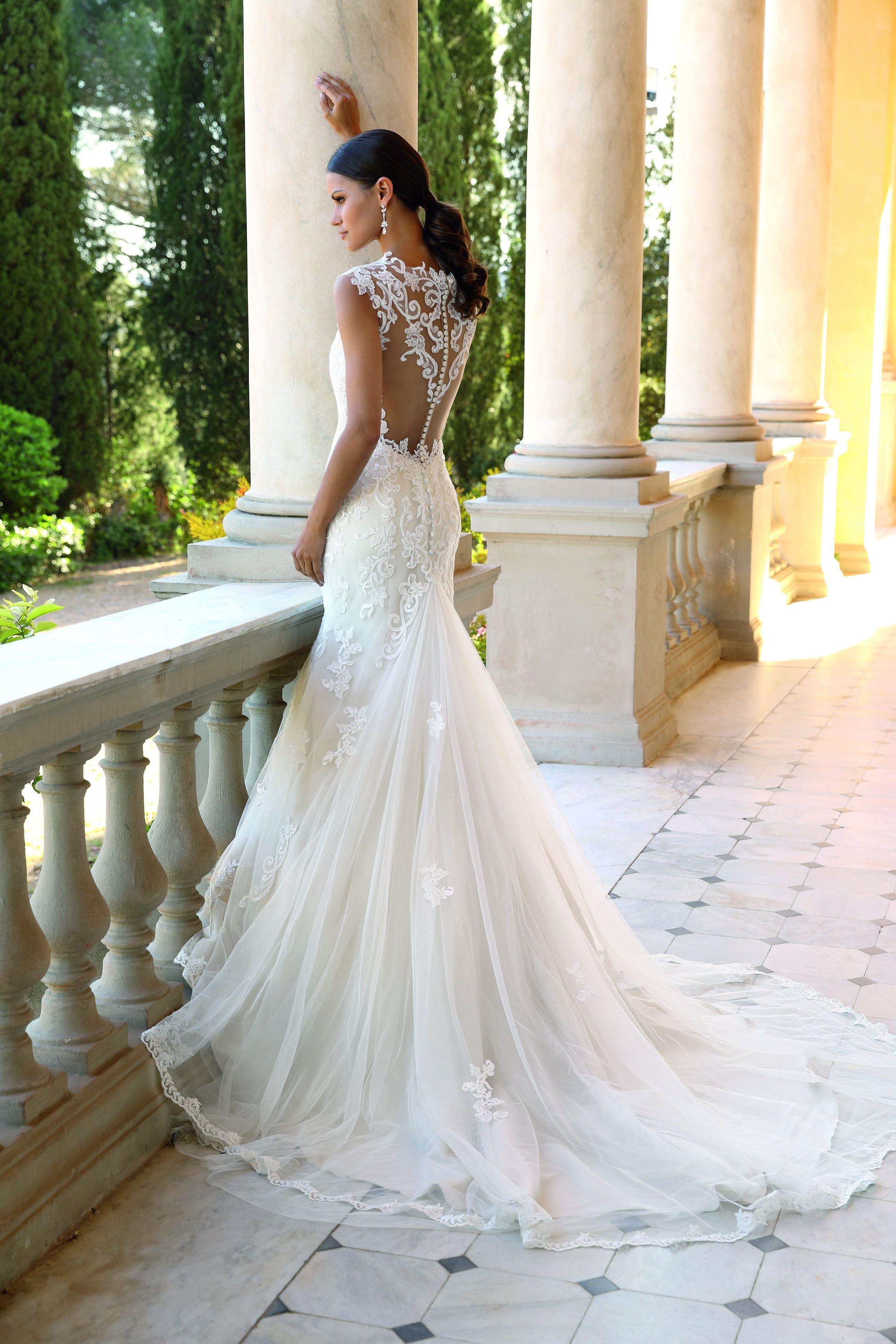 Hochzeitskleid I Unique Brautkleid Mit Tattoospitze Und Knopfreihe Aus Der 2018er Hochzeitskleider Vintage Hochzeitskleid Tattoo Hochzeitskleid