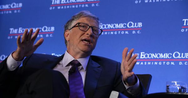 The Tote Bag That Goes Everywhere With Bill Gates Holds The Secret To His Success New Things To Learn Knowledge Tech Marketing