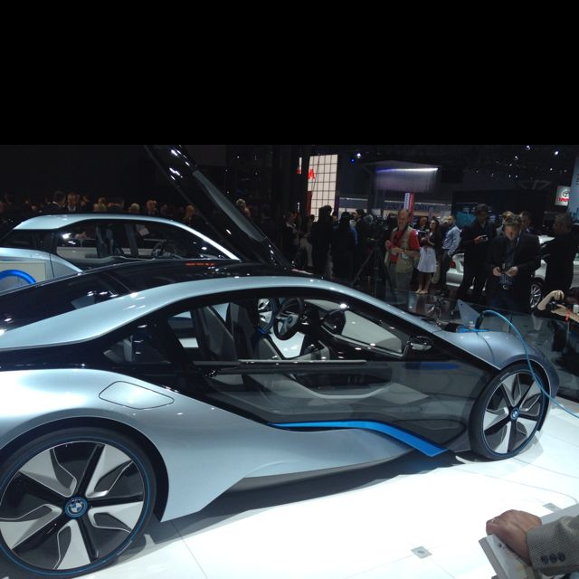 Bmw I8 Side View The Ultimate Driving Machine Pinterest Bmw I8