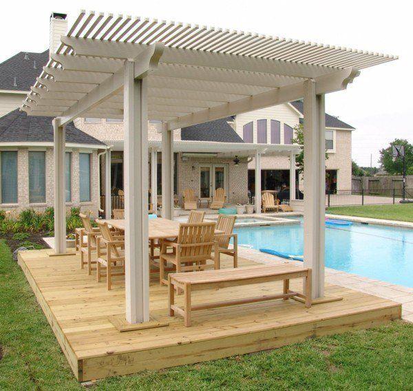 Pergola Relax-Oase neben dem Pool Gartenmöbel aus Holz - gartenmobel design holz