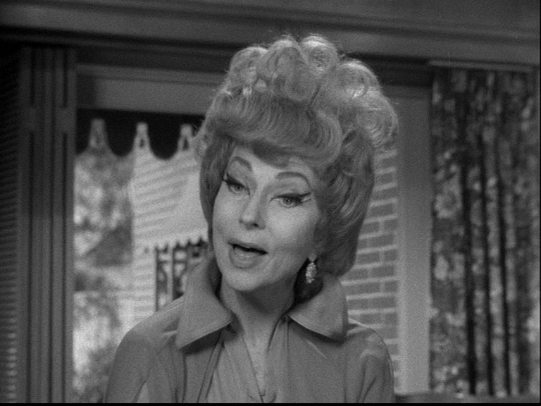 Bewitched: Season 2, Episode 11 Aunt Clara's Old Flame, 1965, Agnes Moorehead