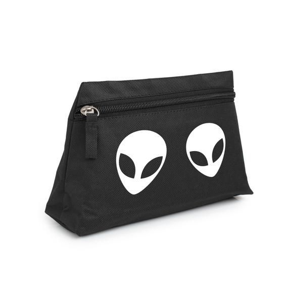 Alien Makeup Bag Pencil Case Purse Toiletry Cosmetic Organizer Tumblr Hipster Grunge Retro Vtg Indie #alienmakeup Alien Makeup Bag Pencil Case Purse Toiletry Cosmetic Organizer Tumblr Hipster Grunge Retro Vtg Indie #alienmakeup