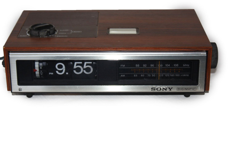Vintage Flip Clock Radio Beautiful Vintage Sony Digimatic Icf
