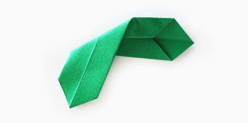 인테리어 소품 크리스마스 리스 종이접기로 쉽게 만들기 네이버 블로그 종이 꽃 벽 크리스마스 리스 인테리어 소품 만들기